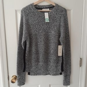 NWT RD Style Gemmi Side Slit Pullover Size Medium
